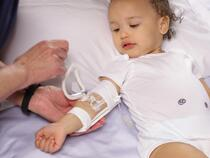 959S-W-Ultra TLC Elbow splint on toddler
